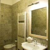 Villa wedding Italy. One detail of the bathroom in Suite Villa 1.