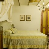 Weddings tuscany. The bedroom of Suite Villa 5.