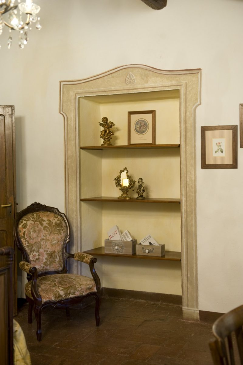 wedding villas accommodation. A detail of the antique elegant furniture