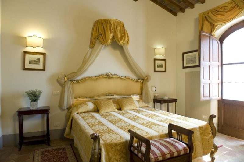 wedding accommodation tuscany. The bedroom of Villa 10