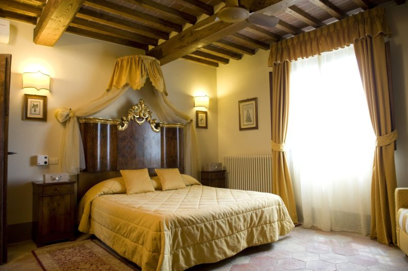 wedding venues italy. The bedroom of Villa 12