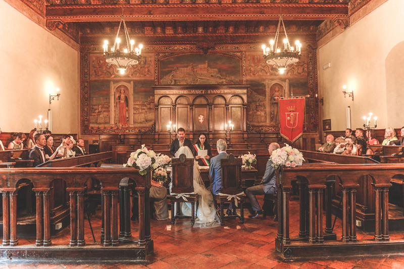 Tuscany Wedding - Cortona Town Hall - luxury weddings italy