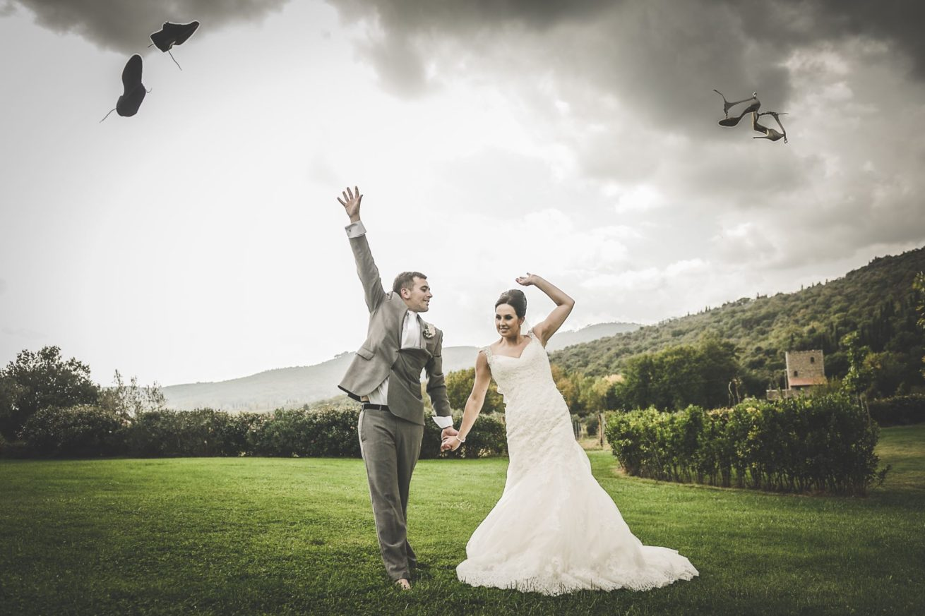 Garden villa wedding Italy. Artistic photos of the wedding couple on the wedding day.