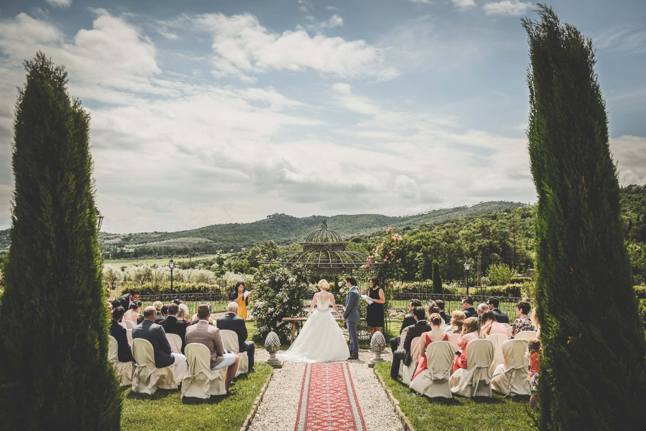 Exclusive weddings villa Italy Baroncino, wonderful setting for the wedding garden ceremonies.