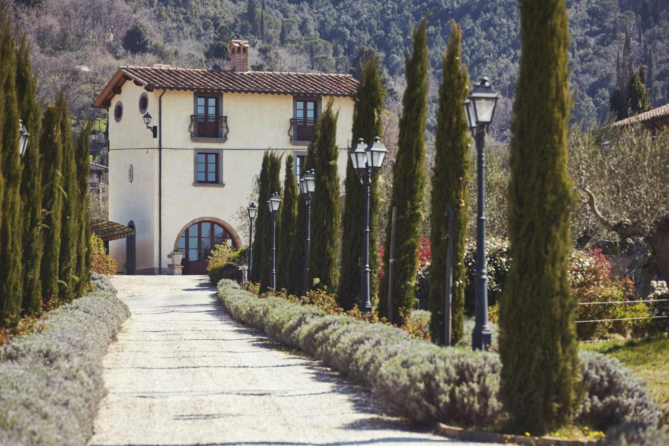 Wedding Villas. The cypress driveway of Baroncino Exclusive weddings villa Italy