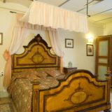 Villa wedding Italy.Queen size bedroom in Suite Villa 1.