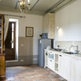 Villa wedding Italy. The kitchen area in Suite Villa 1.