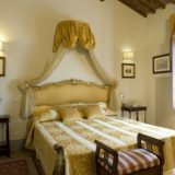 wedding accommodation tuscany. The bedroom of Villa 10